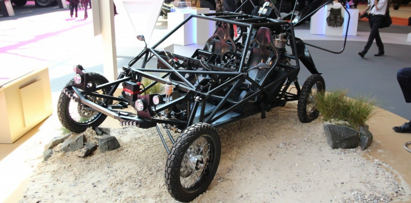 Le buggy p gase prend son envol for Idee deco kart cross
